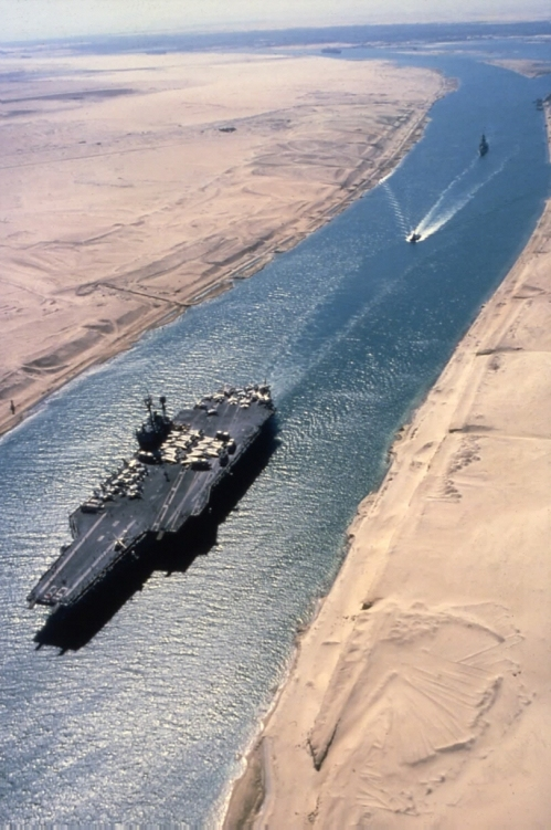 نمایی از کانال سوئز
